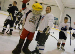 Hockey and broomball tournament raises funds