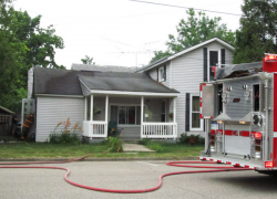 Fire causes damage to kitchen