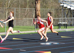 Girls track in fourth for dual season