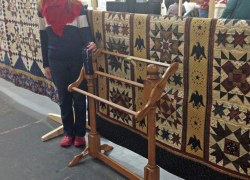 Quilt Show raises funds for library