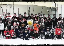 Rams Hockey invites kids to try hockey for free