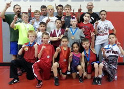 Wrestlers earn championships