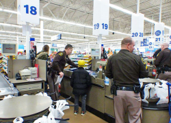 Kids shop with a Sheriff