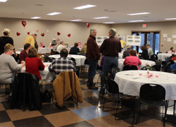 Crowd turns out for Solon park fundraiser