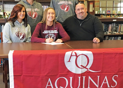 Sparling to play basketball for Aquinas