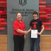 Cedar grad signs with Davenport to bowl