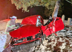 Solon fire frees man pinned in vehicle