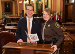 Rep. Huizenga welcomes Kent County Sheriff to governor's address