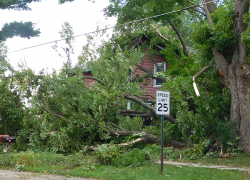 Storms rip through area, leave thousands without power