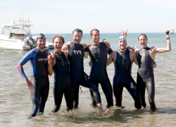 Group swims across Lake Michigan