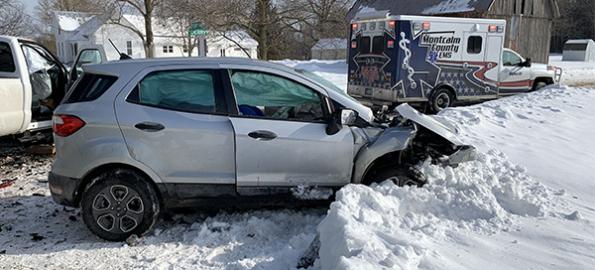 Man dies in Montcalm crash