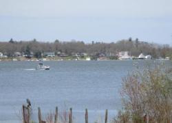 Boater dies on Hess Lake