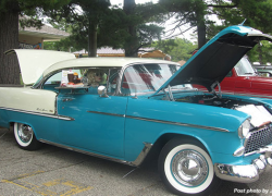 Historical Society raises funds with car show