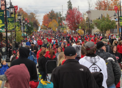 A chilly Red Flannel Day still draws crowds