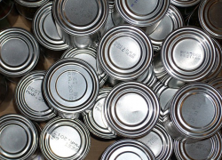 Report uncovers dangerous chemicals in canned foods