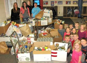 CSPS-canned-food-drive2-kid
