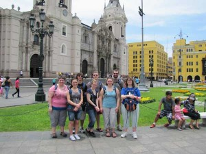 The mission team in front of the Basilica Cathedral of Lima. Front (l to r): Shila, Aiyana, Beth, Kelsey & Sally, Back: Jeff, Josh & Joe