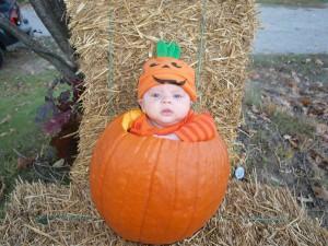 -N-Pumpkin-baby-Dear