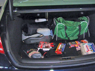 -CAR-Trunk-junk