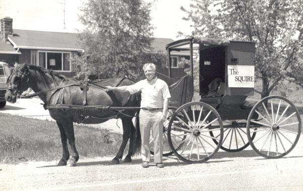 -N-Roger-horse-n-buggy