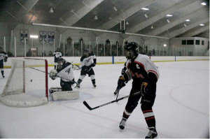 -S-Hockey3-Rams-JV-Team-WMJVL-Tournament-Action