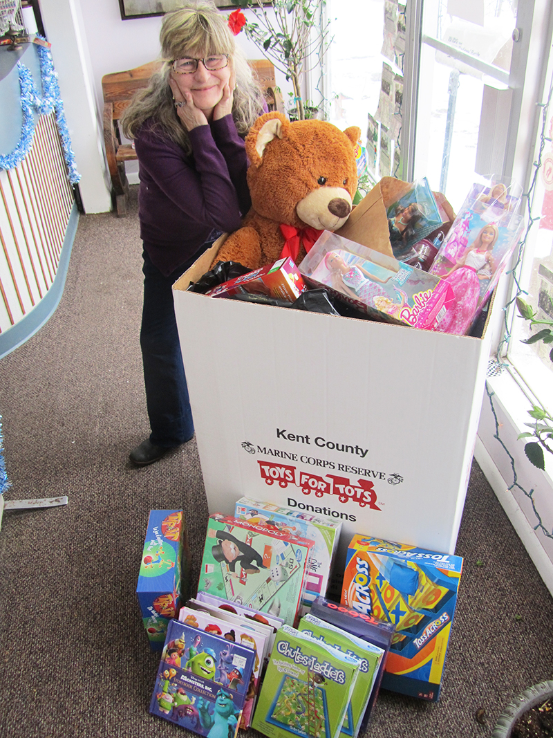 2013 Toys 4 Tots : Toys for tots cedar springs post newspaper