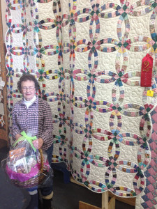 Nita White took second place with this ring quilt.