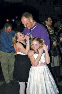 N-Daddy-daughter-dance2