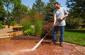 SPR-Tips-to-spring-clean-deck-and-patio