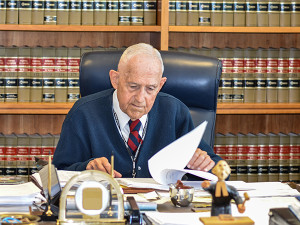 "U.S. District Judge Arthur D. Spatt continues to work full-time at age 88. Of World War II, he says, ""Everybody participated with a full heart."""