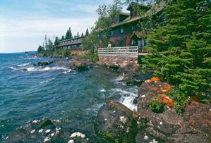 Isle Royale Guest House for Rock Harbor Lodge. From rockharborlodge.com.