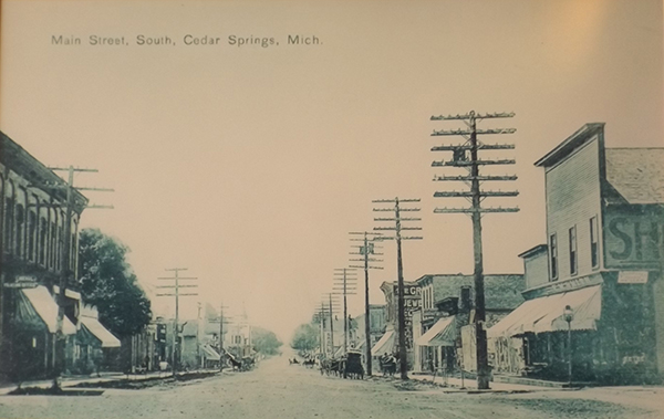 Photo of Main Street sometime around 1912-1913, 95 N. Main is on the right.