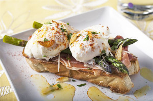 Poached Eggs with Serrano Ham and Garlic Asparagus
