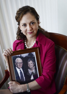 Patricia Van Pelt with a photo of her parents. Hospice made a difference when dealing with her father's death.