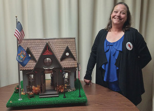 Susan Metzger won first place for her 3D artwork, which was on display at Instant Cash.