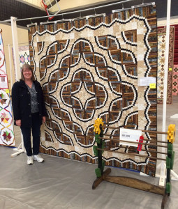 Barb Krawcyzk with her second place quilt.