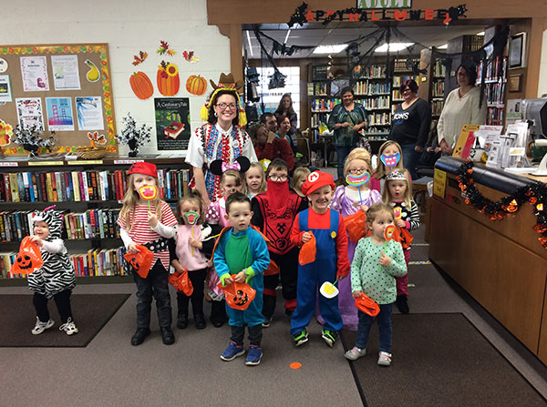 _n-preschool-halloween-group