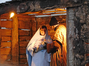 Calvary Assembly of God Church put on their live nativity at the tree lighting. Post photo by J. Reed.
