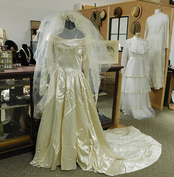 CS Museum to feature bridal gowns in annual tour | Cedar Springs ...