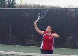 Girls tennisearns wins against Lowell, Greenville