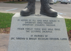 Fallen soldier's monument stolen