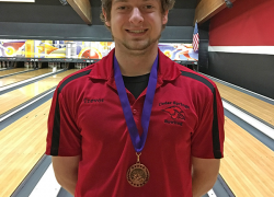 Red Hawk bowler places 10th at invite