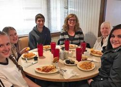 Benefit raises over $2000 for Ricker family