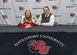 Plowman to play ice hockey for Davenport