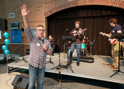 Rise Up Church holds grand opening