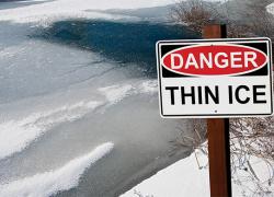 Man falls through ice on Long Lake
