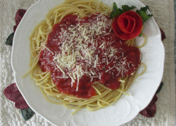Fifth annual spaghetti dinner/dessert auction at Solon