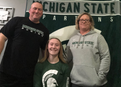 Rugg signs to row for MSU