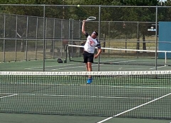 Boys tennis sweeps Fruitport and Greenville