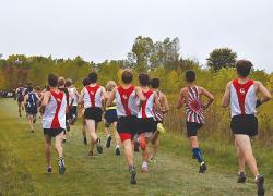 Boys cross country runs strong in mid-season Invite